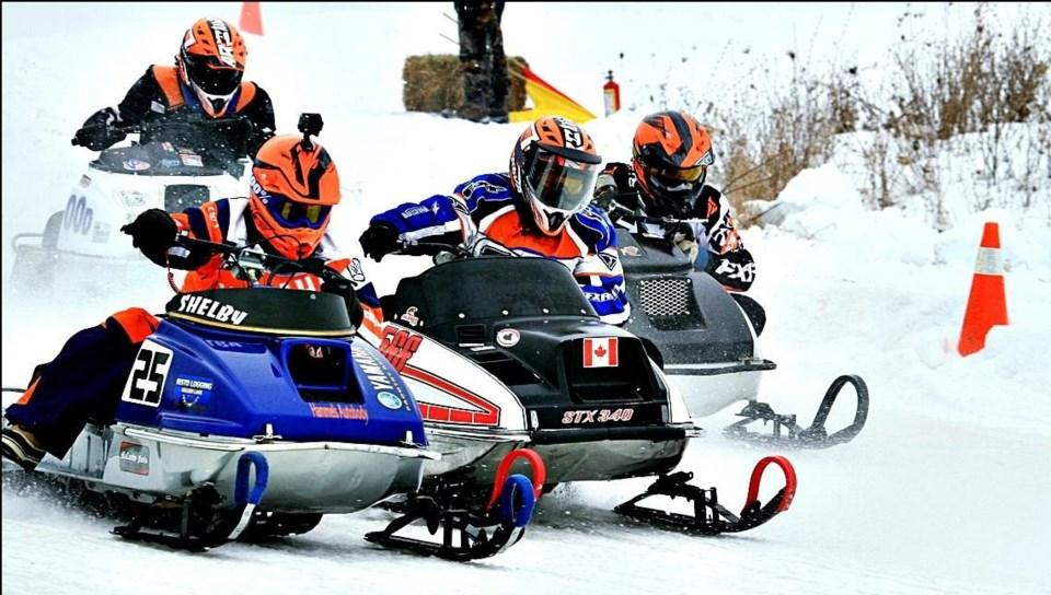 2019-01-14 snowmobile race