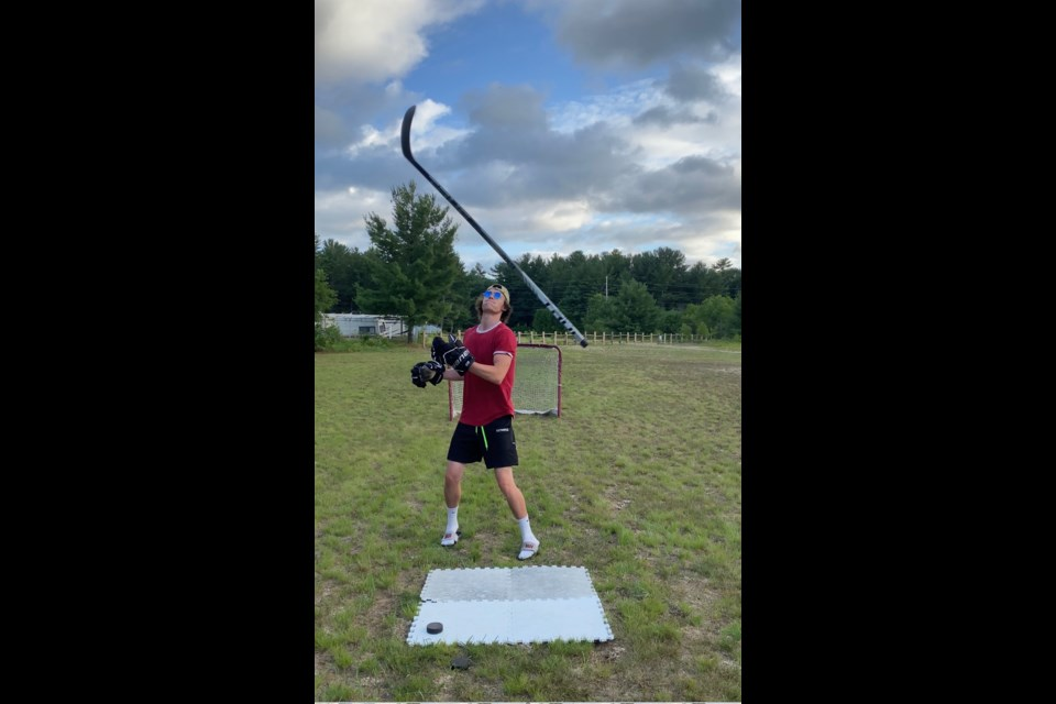 Patrick Fogarty graduate and former Orillia Terrier Zac Bell has gone viral over the past 8 months for his hockey trick shot videos on Instagram, Twitter, YouTube, and TikTok. Contributed photo.