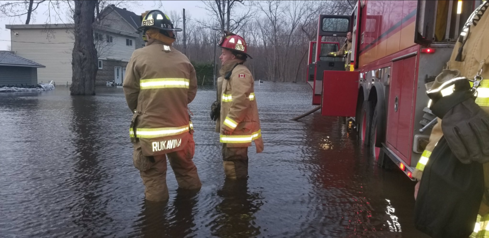 flood fire pic