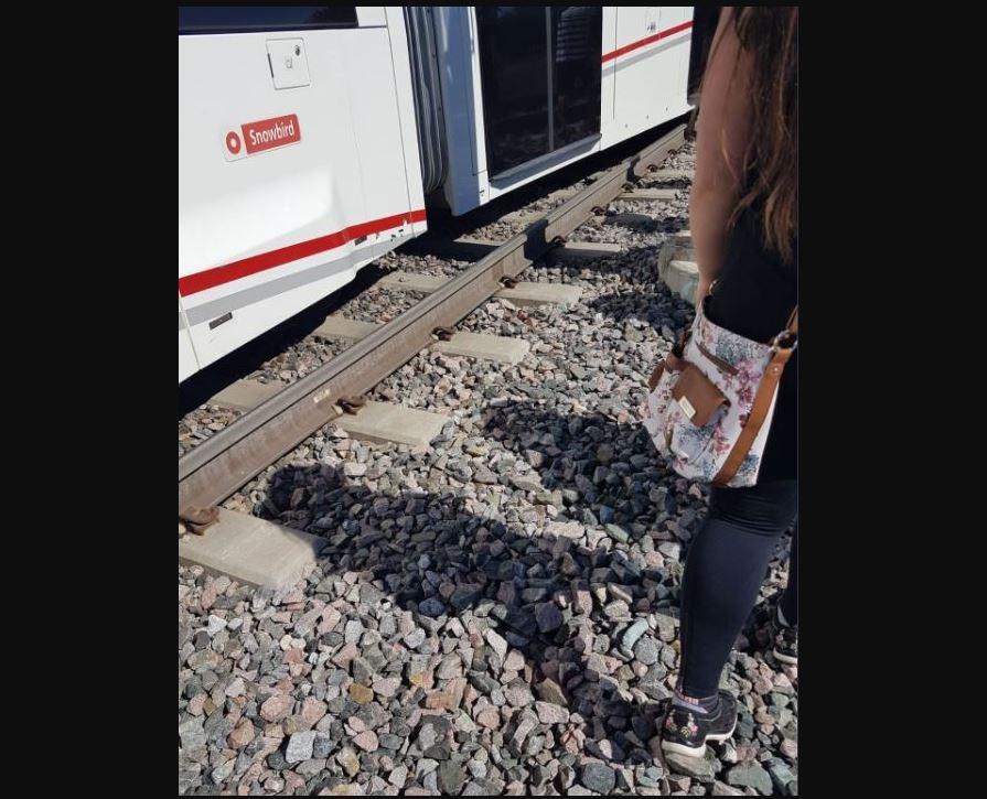 lrt train derail 1
