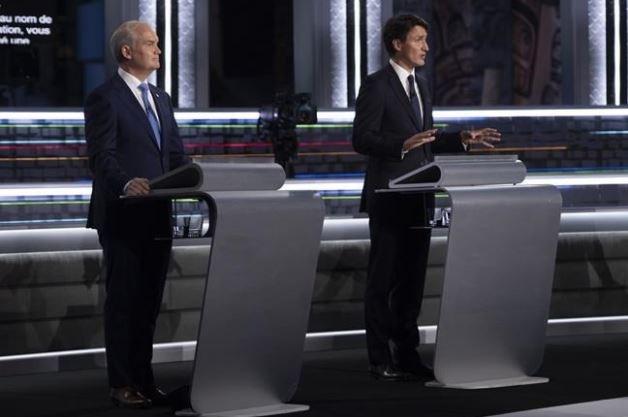 otoole and trudeau podium