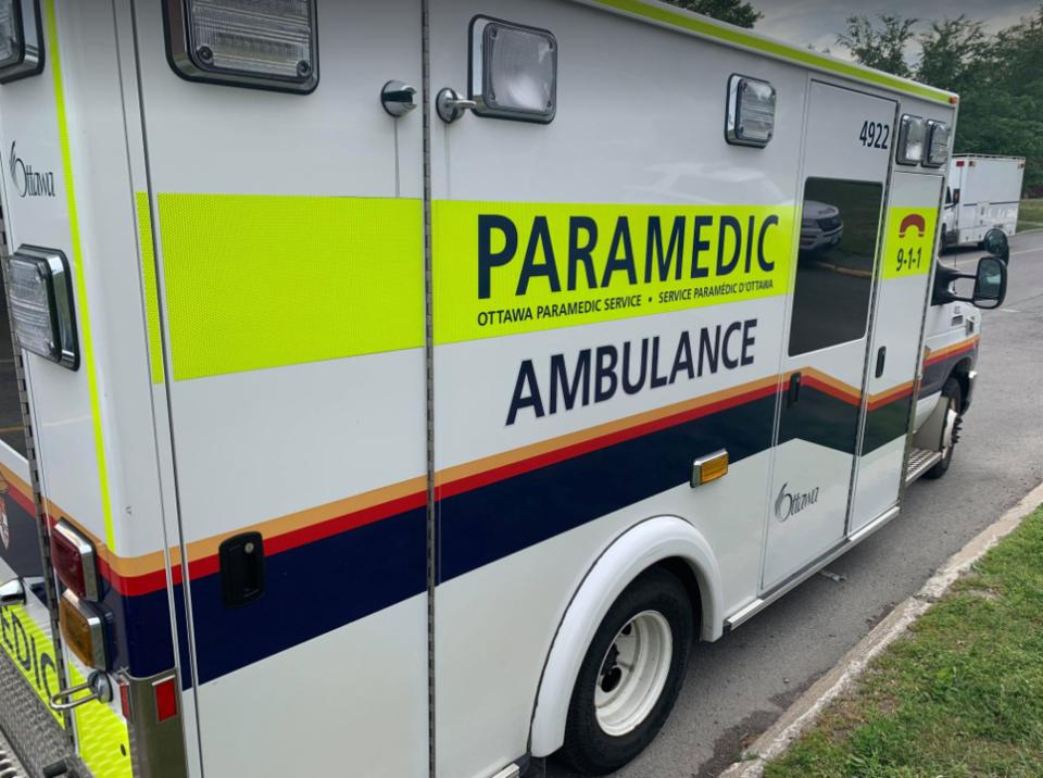 Ottawa paramedic truck 1