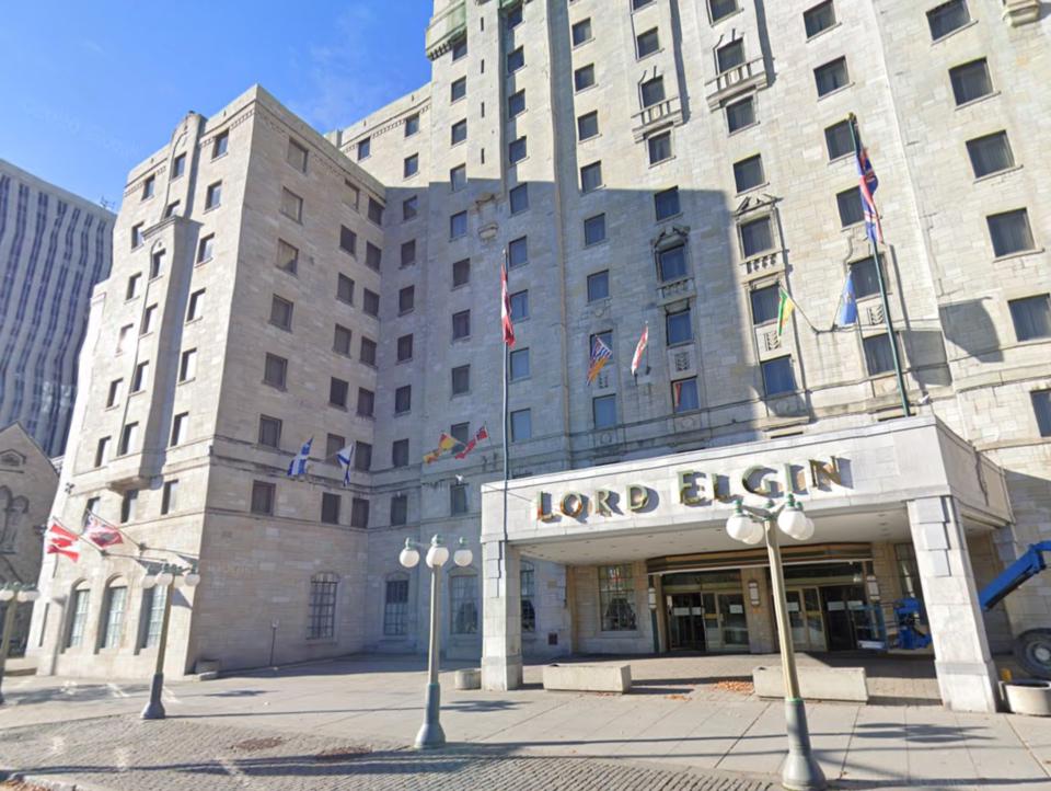 2021-09-26 lord elgin hotel