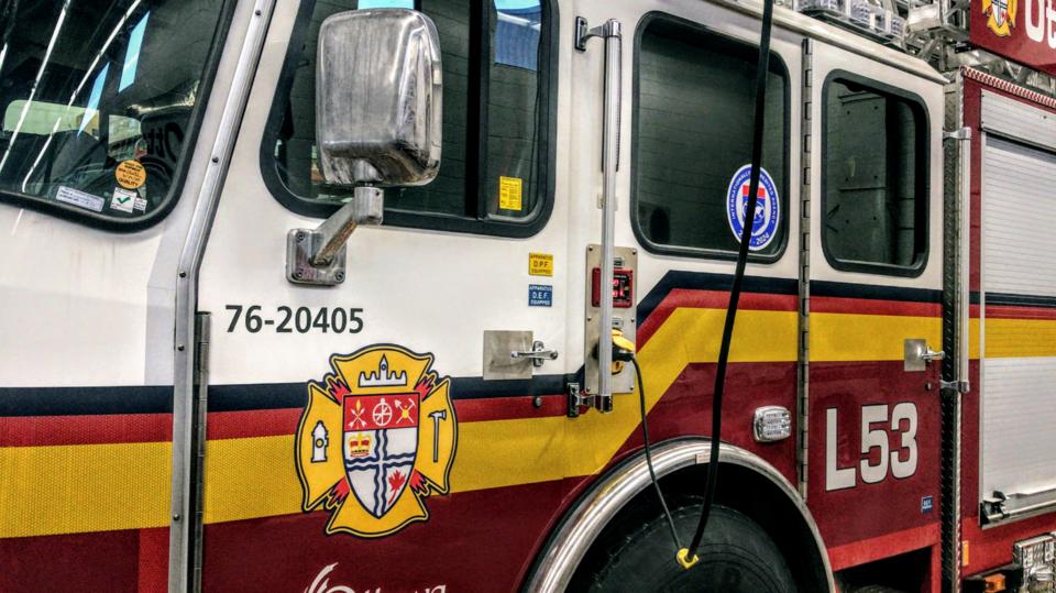 20210404_ottawa fire truck