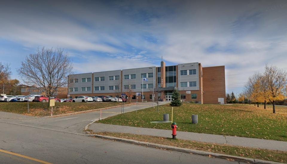 20210430_École secondary du Versant