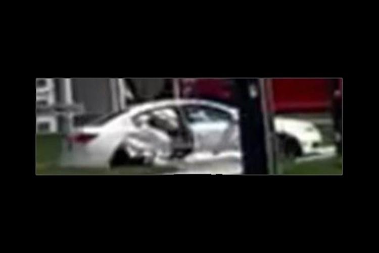 20210501_ white car