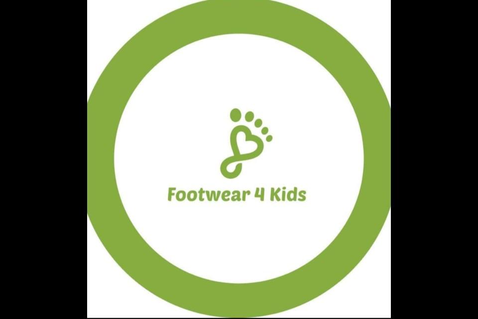 Footwear 4 Kids. / Footwear 4 Kids logo