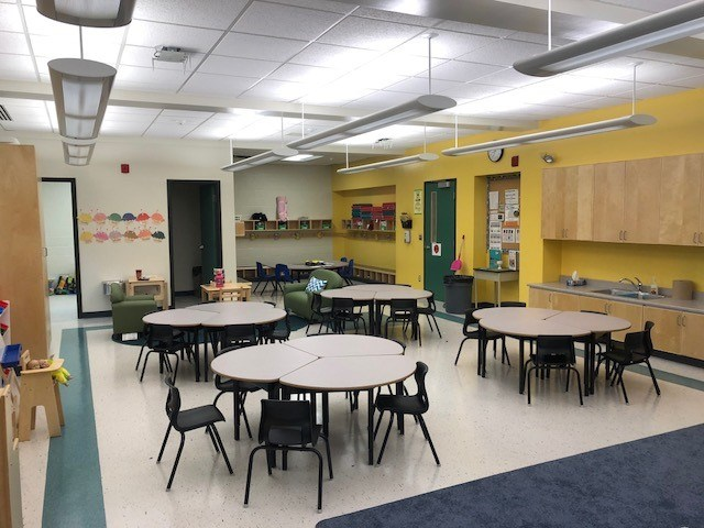 2018-10-22-ocsb-ottawa-catholic-classroom