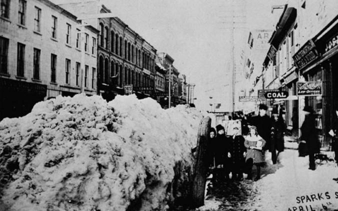 2018-04-16 sparks street snow 1885