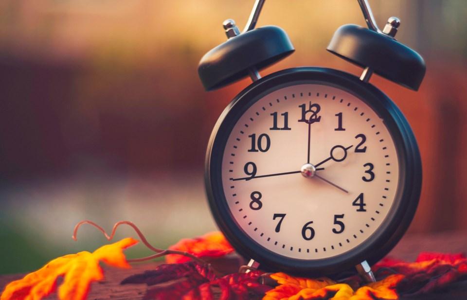 2018-11-02-Daylight-Saving-Time-AB