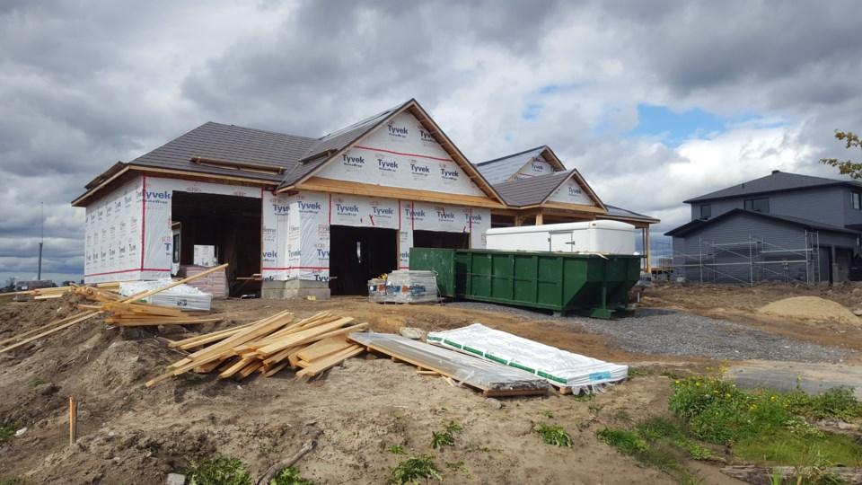 2019-09-14-dunrobin-tornado-todd-nicholson-house-jw
