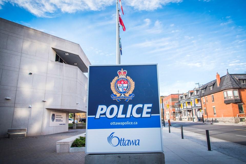 20201204_ottawa police 1