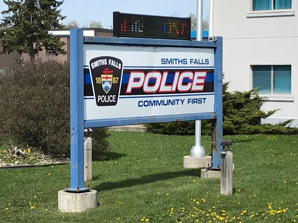 2021-05-04 Smiths Falls Police station MV4