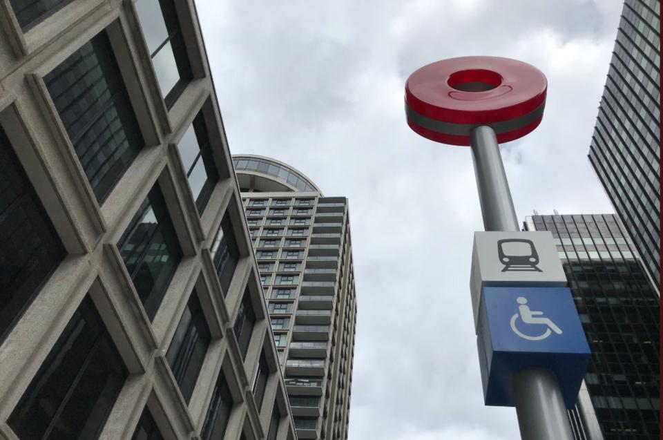 2019-08-23 O-Train sign