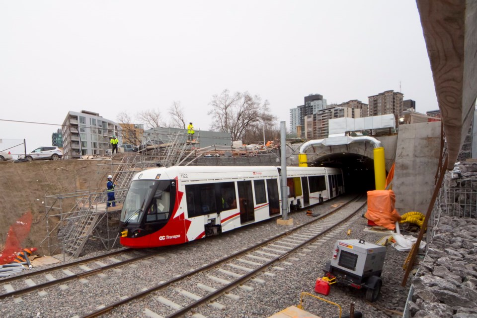 2018-04-14-lrt-train-tunnel-JW
