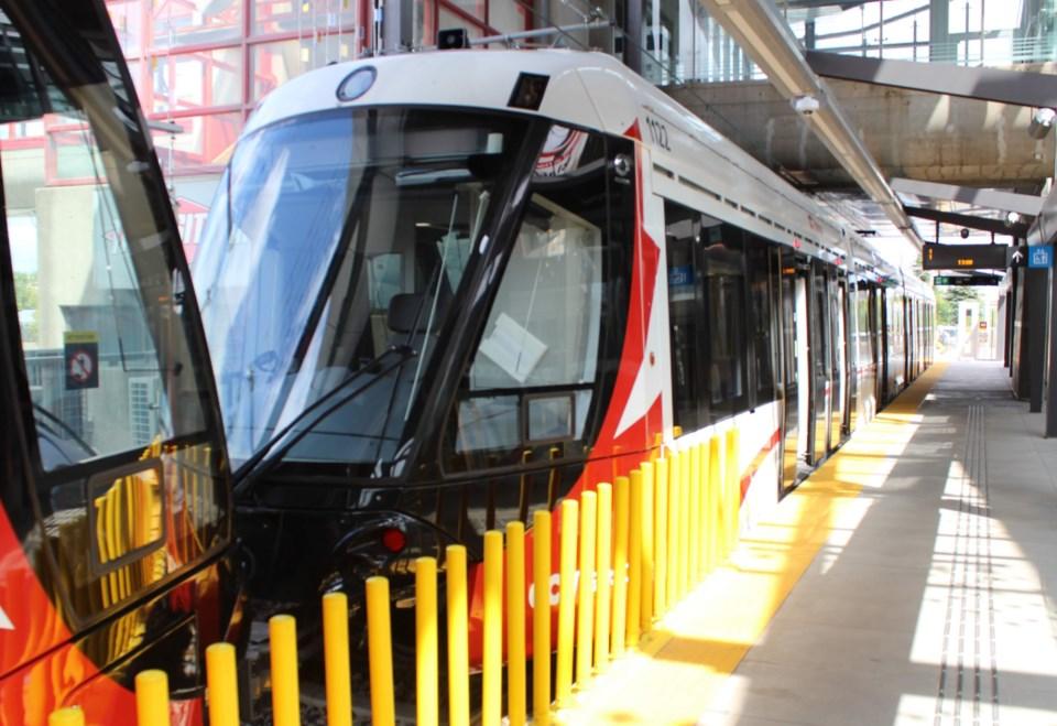 2019-08-23 LRT Ottawa Confederation Line Blair Station