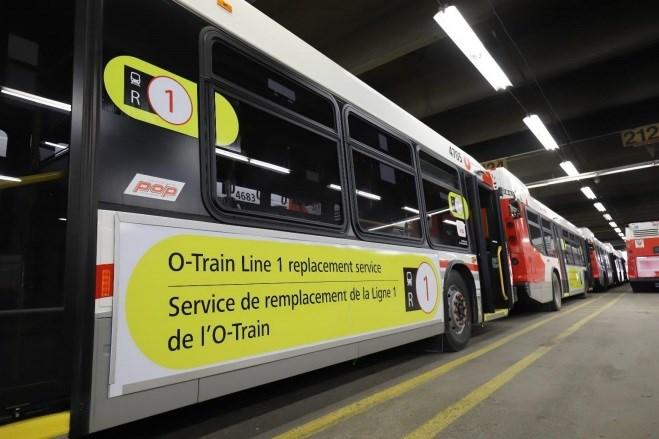 2019-11-29 Ottawa R1 bus service OC Transpo