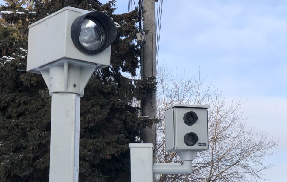 2019-12-19 Ottawa red light camera CK1