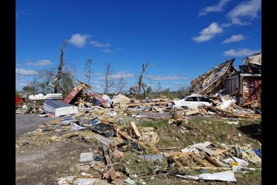 Tornado damage on Porcupine Trail in Ottawa. Jenn Pritchard/ OttawaMatters