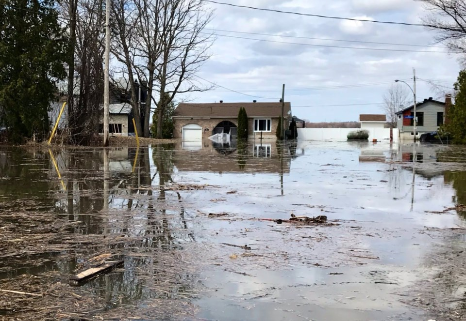 2019-04-26 flooding ottawa