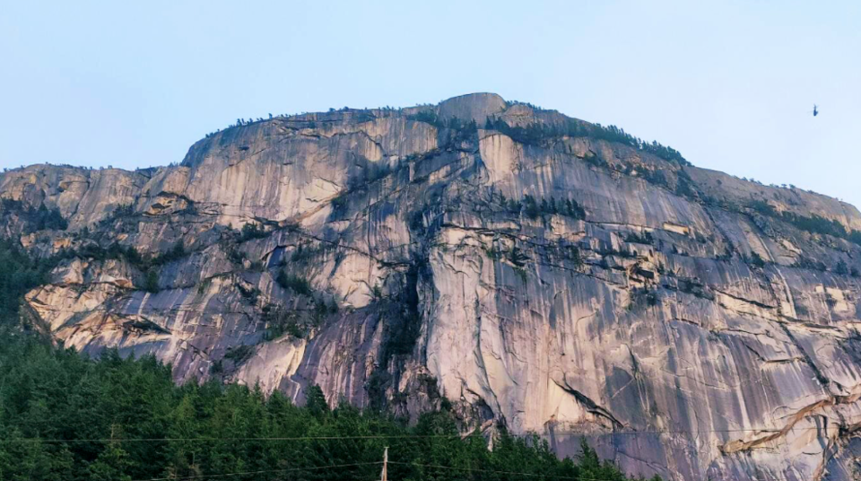 Stawamus chief rescue Squamish rcmp