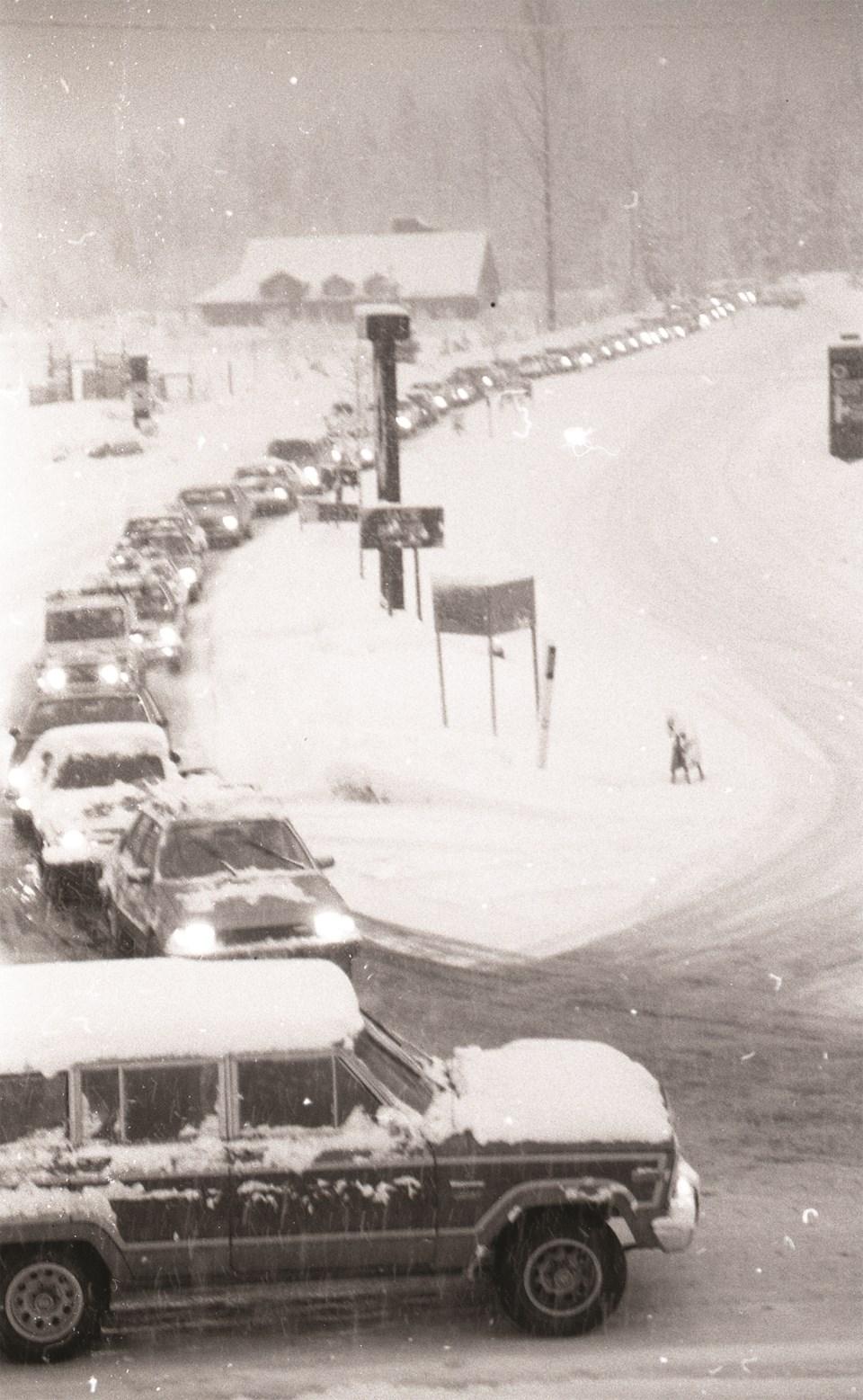e-museum musings 27.52 traffic jam snow 1980 blackcomb WQ_2_389_A_003