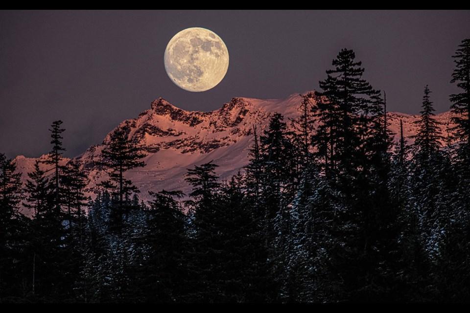 MOUNTAIN MOONRISE The full moon over Whistler Mountain on Dec. 28.
