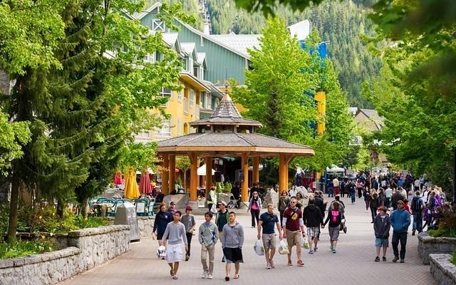 whistler-village-stroll-opinion_editorial1-1-396a0a15aba4c427