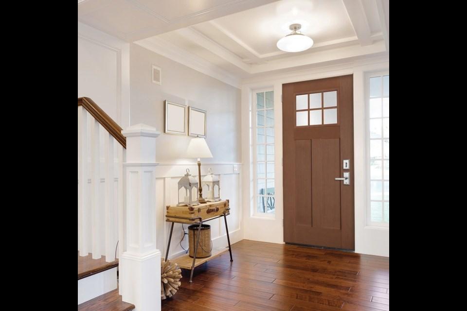 Fir grain fibreglass door from the HERITAGE® series by Windsor Plywood.