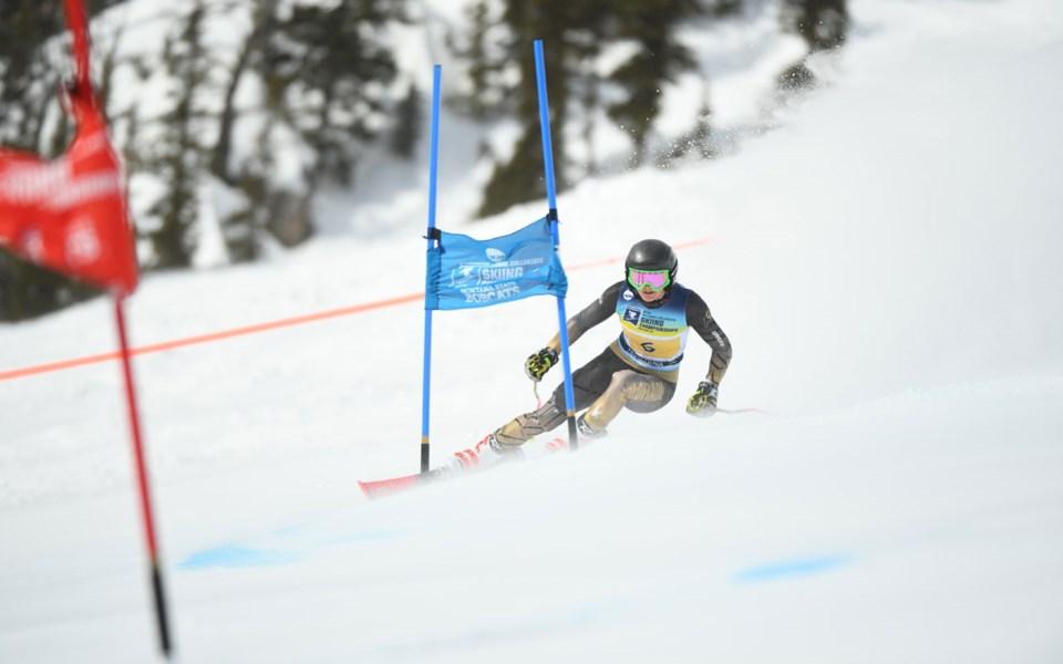 Sports-Stefanie-Fleckenstein-NCAA-Skiing-Colorado-031121