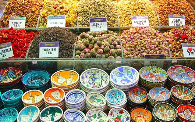 A colourful stand at the The Grand Bazaar of Istanbul. Photo by Lisa TE Sonne