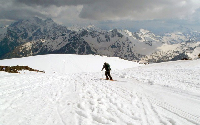 Skiing corn snow in June on the south slopes of Elbrus. photo by John Gallagher