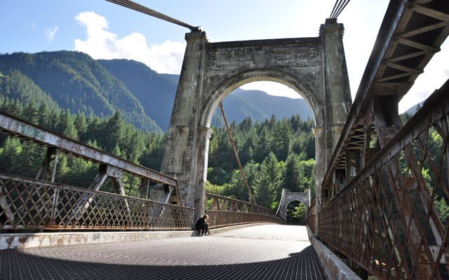 Fraser Canyon Renaissance. Photos by Louise Christie