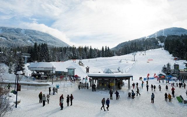 skiers_plaza_tourism_whistler_mike_crane