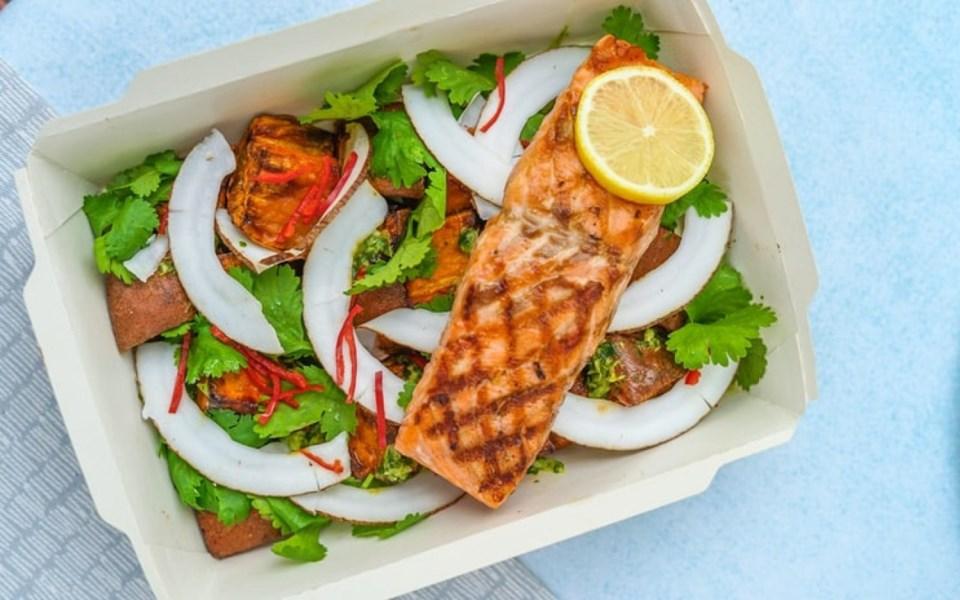 take_out_salad_salmon_