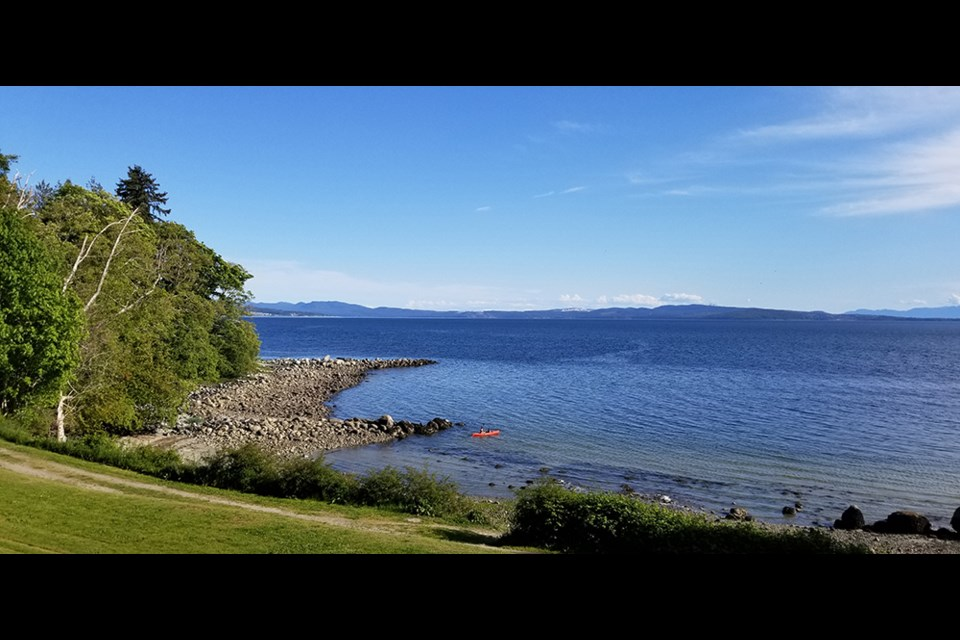 Gibsons Beach is one of the best locations for gazing at the water and islands while enjoying a picnic feast.