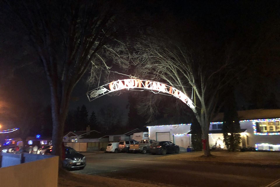 Candy Cane Lane lit up for the first time this season on Dec. 1 (via Hanna Petersen)