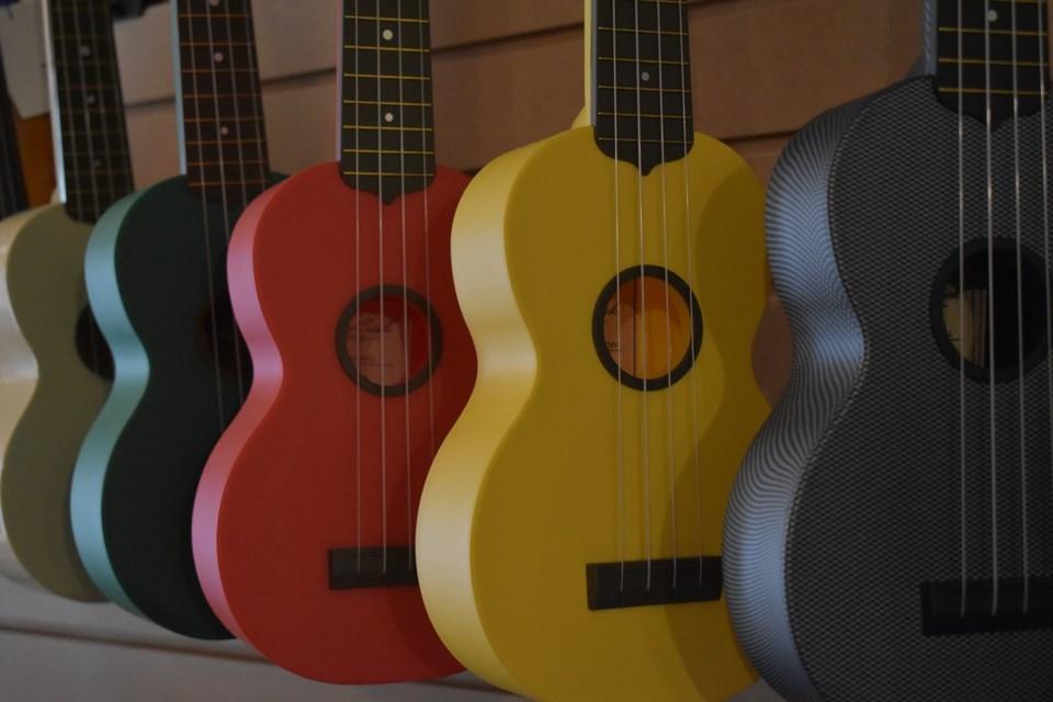 ukulele-4021002_1280