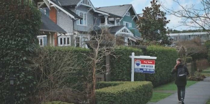 vancouver_real_estate_housing_homes_home_credit_kruyt-new-696x345