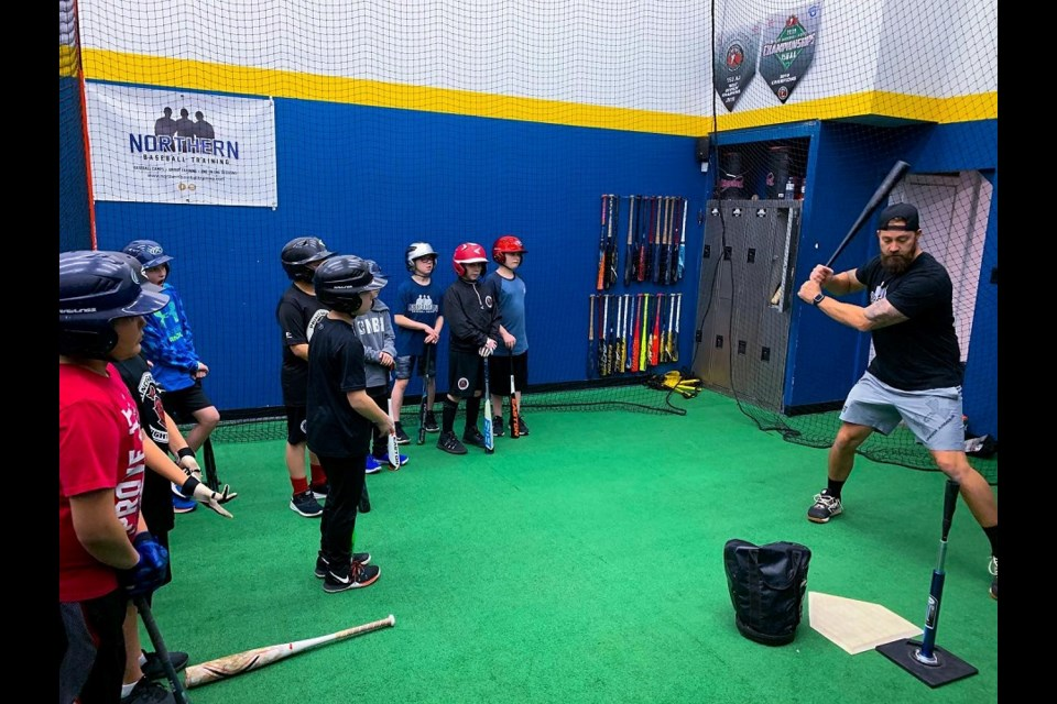 Northern Baseball Training working on batting technique with Prince George players. (via Northern Baseball Training)
