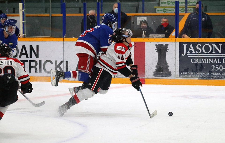 Prince George Spruce Kings in action at the RMCA against the Merritt Centennials in 2020-21 exhibition play. (via Kyle Balzer, PrinceGeorgeMatters)