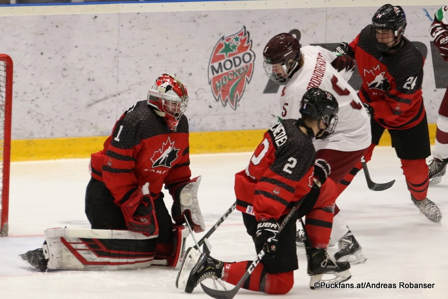 Taylor Gauthier of the Prince George Cougars makes a save for Canada against Latvia in the World Under-18 quarter-finals (via Andreas Robanser)