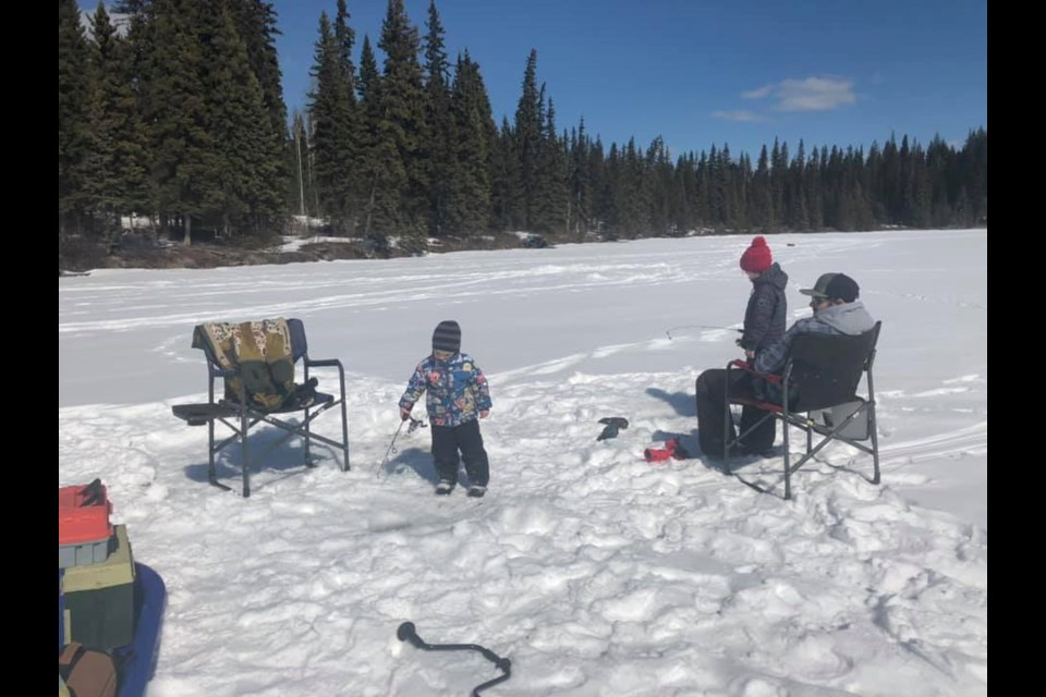 Even the kids like to ice-fish in April. (via Justina Belsham)