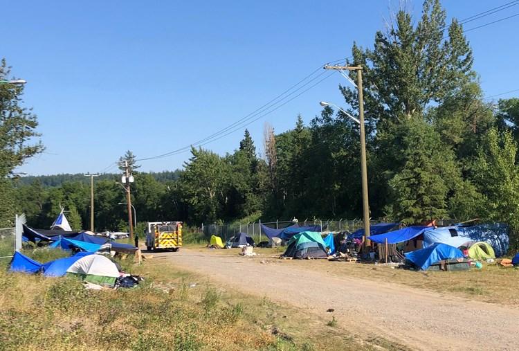 01 Homeless camp WEB