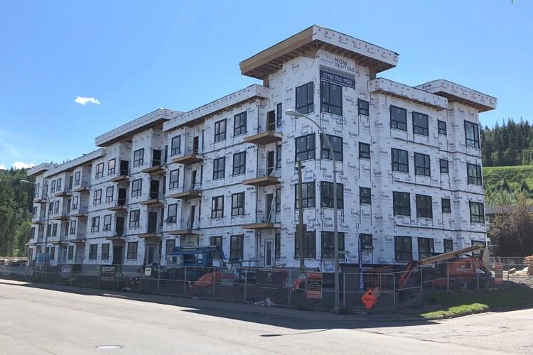 01 Apartment construction WEB