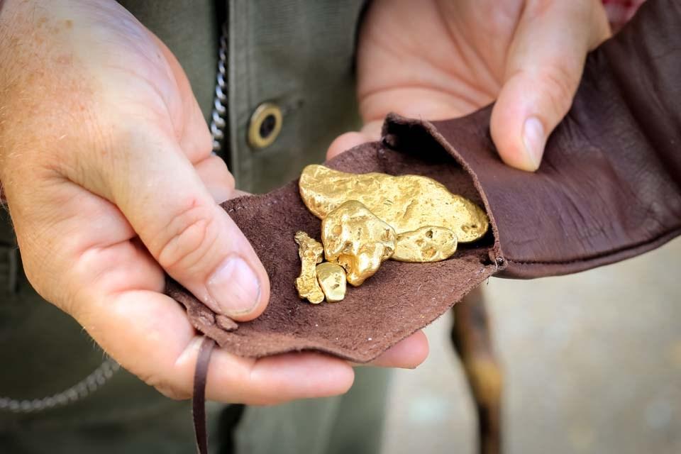 Billy Barker's Gold resized