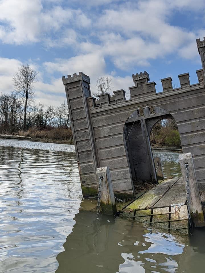 """Peter Pan """"castle"""" spotted floating in Fraser River near Steveston"""