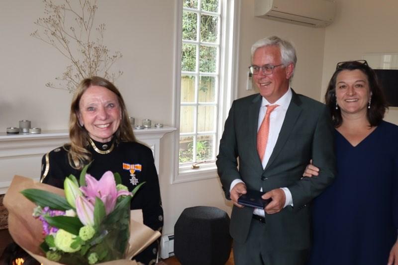 Richmond's Adriana Zylmans (left) receives her award from Dutch Consul-General to Vancovuer Henk Snoeken