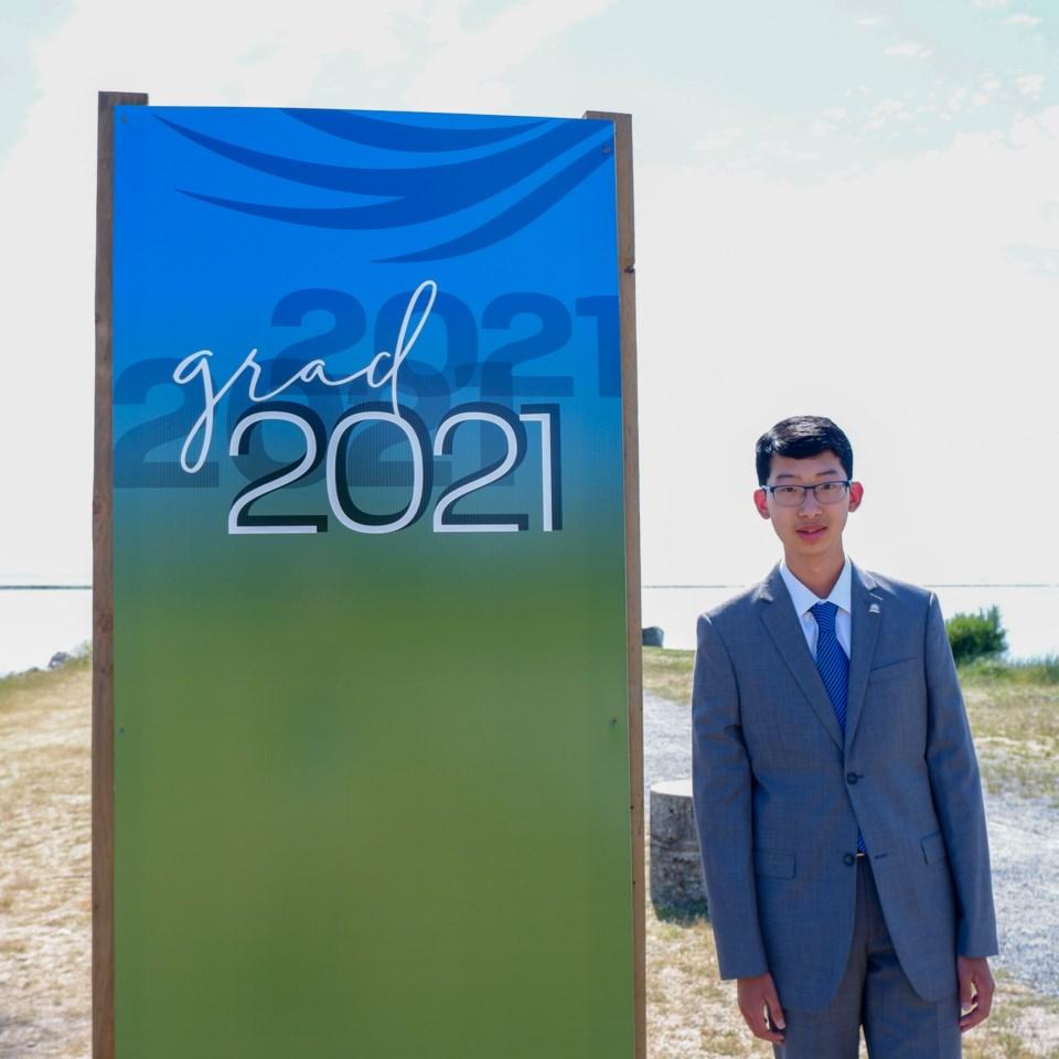 2021 Grad photo backdrops in Richmond