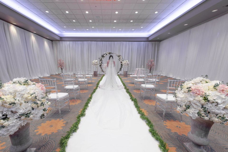"""The Executive Hotel Vancouver Airport has teamed up with two event agencies to offer """"pop-up"""" weddings"""